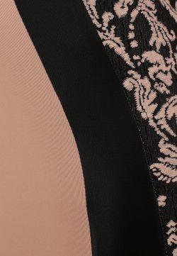 Платье AX Paris                                                                                                              розовый цвет