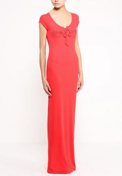 Платье Bebe                                                                                                              красный цвет