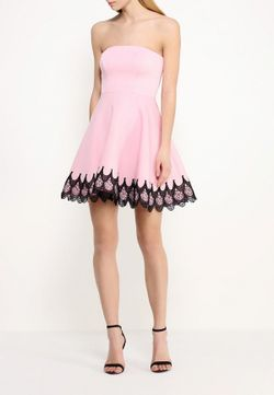 Платье Goddiva                                                                                                              розовый цвет