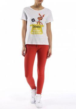 Джинсы Levi's®                                                                                                              красный цвет