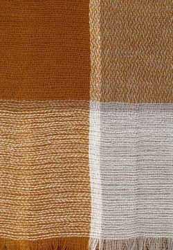 Палантин Mango                                                                                                              коричневый цвет
