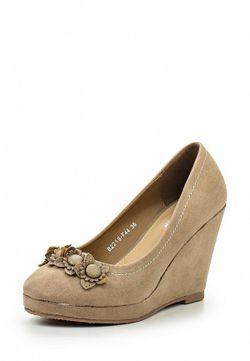 Туфли Malien                                                                                                              бежевый цвет