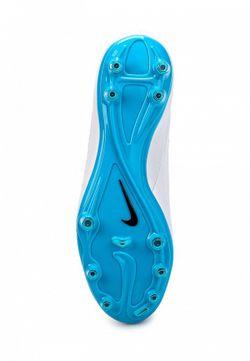 Бутсы Nike                                                                                                              белый цвет