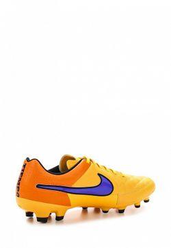 Бутсы Nike                                                                                                              оранжевый цвет