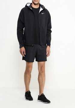 Куртка Nike                                                                                                              черный цвет