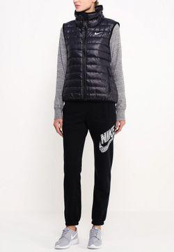 Жилет Утепленный Nike                                                                                                              черный цвет