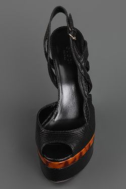 Босоножки Gucci                                                                                                              чёрный цвет