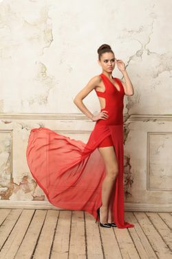 Платье С Открытой Спиной Tutto Bene                                                                                                              красный цвет
