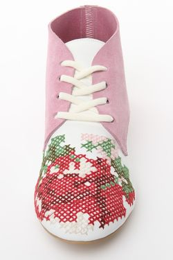 Закрытые Туфли Tucino                                                                                                              белый цвет