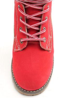 Ботинки Keddo                                                                                                              красный цвет