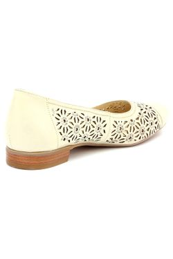 Туфли AMATO                                                                                                              бежевый цвет