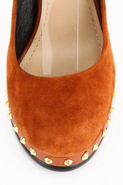Туфли Vitacci                                                                                                              оранжевый цвет