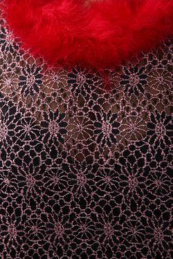 Накидка Amazone                                                                                                              красный цвет