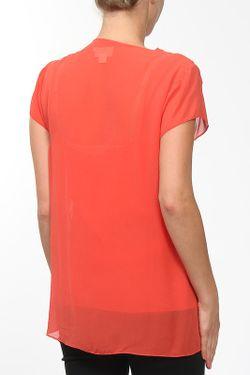 Топ 2 Предм. DKNY                                                                                                              красный цвет