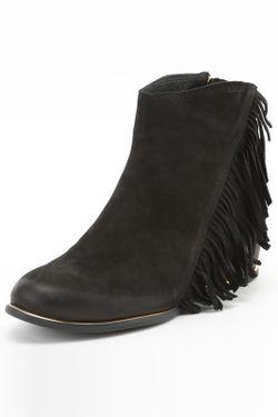 Ботинки C&S                                                                                                              чёрный цвет