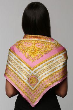 Платок Versace                                                                                                              розовый цвет