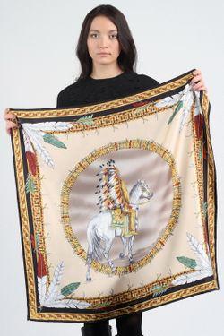 Платок Versace                                                                                                              бежевый цвет