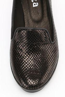 Туфли Benta                                                                                                              черный цвет