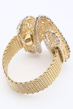 Кольцо NAVELL                                                                                                              золотой цвет