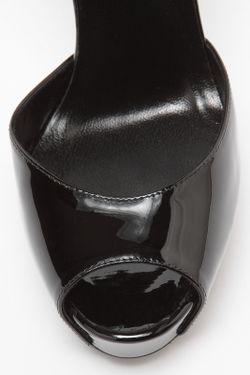 Босоножки Saint Laurent                                                                                                              чёрный цвет
