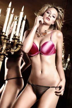 Бюстгальтер Baci Lingerie                                                                                                              розовый цвет