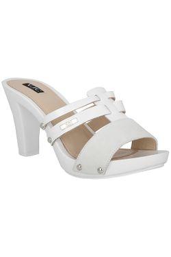 Босоножки Versace                                                                                                              белый цвет