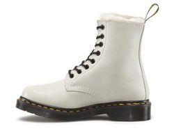 Ботинки Dr. Martens                                                                                                              белый цвет