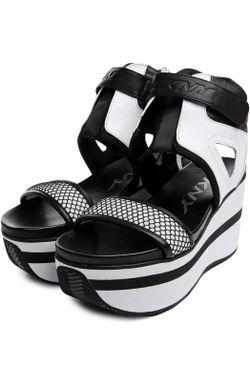 Сандалии DKNY                                                                                                              чёрный цвет