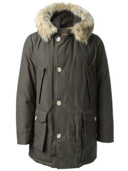 Дутая Куртка С Капюшоном Woolrich                                                                                                              коричневый цвет