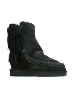 Ботинки Short Fringe Eskimo Mou                                                                                                              черный цвет