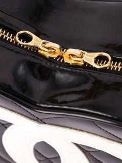 Сумка В Форме Сердца Chanel Vintage                                                                                                              черный цвет
