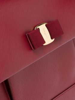 Сумка-Тоут Vara Salvatore Ferragamo                                                                                                              красный цвет