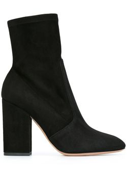 Ботинки На Массивном Каблуке Valentino                                                                                                              черный цвет