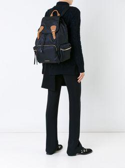 Рюкзак С Пряжками Burberry                                                                                                              чёрный цвет