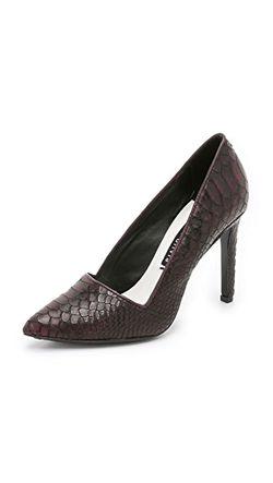 Туфли-Лодочки Dina Alice + Olivia                                                                                                              красный цвет