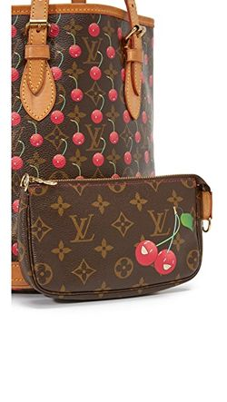 Сумка-Ведро Cerises От Louis Vuitton Бывшая В What Goes Around Comes Around                                                                                                              Монограммы цвет