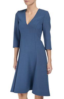 Приталенное Платье С Укороченным Рукавом И V-Образным Dorothee Schumacher                                                                                                              голубой цвет