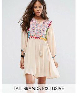 Glamorous Tall   Свободное Платье С Вышивкой И Помпонами