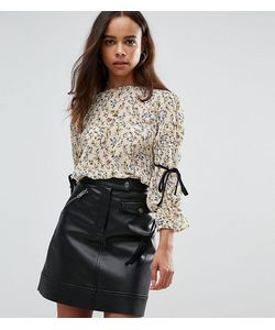 Fashion Union Petite   Блузка С Цветочным Принтом И Завязками На Рукавах