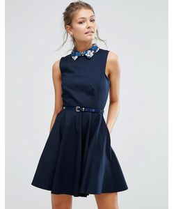 Closet London | Короткое Приталенное Платье С Контрастным Воротником И Поясом В Цветочек Closet