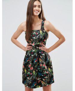Darling   Короткое Приталенное Платье С Цветочным Принтом