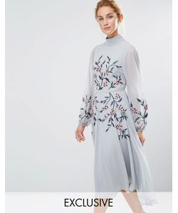 Hope and Ivy   Hope Ivy High Neck Embroidered Midi Dress