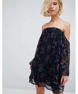 J.O.A | Свободное Платье С Открытыми Плечами И Бархатным Рисунком