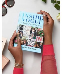 Books | Книга Inside Vogue A Diary Of My 100th Year