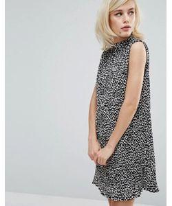 Fashion Union   Плиссированное Платье Без Рукавов С Высоким Воротом