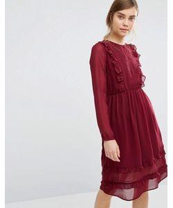 Vero Moda   Платье С Рюшами Спереди И Вышивкой