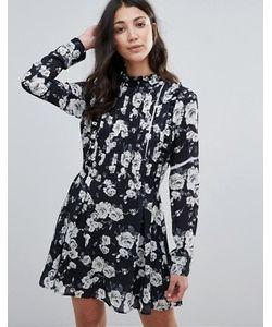 Unique 21 | Короткое Приталенное Платье С Высокой Горловиной И Складками