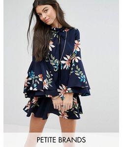 Glamorous Petite | Короткое Приталенное Платье С Расклешенными Рукавами