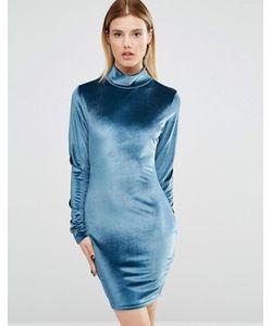 Club L | Бархатное Платье С Высоким Воротом И Длинными Рукавами