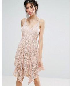 Love Triangle | Кружевное Платье С Асимметричным Подолом